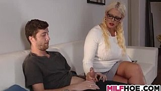 Stepdaughters Boyfriend collects ensnared By MILF xxx porn