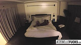 Au naturel Jezebelle Bond hangs out in her hotel room HD